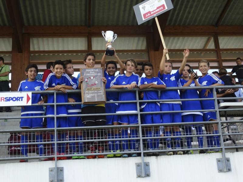 Les U13 vainqueurs des Sept provinces Basques à St. Jean de Luz