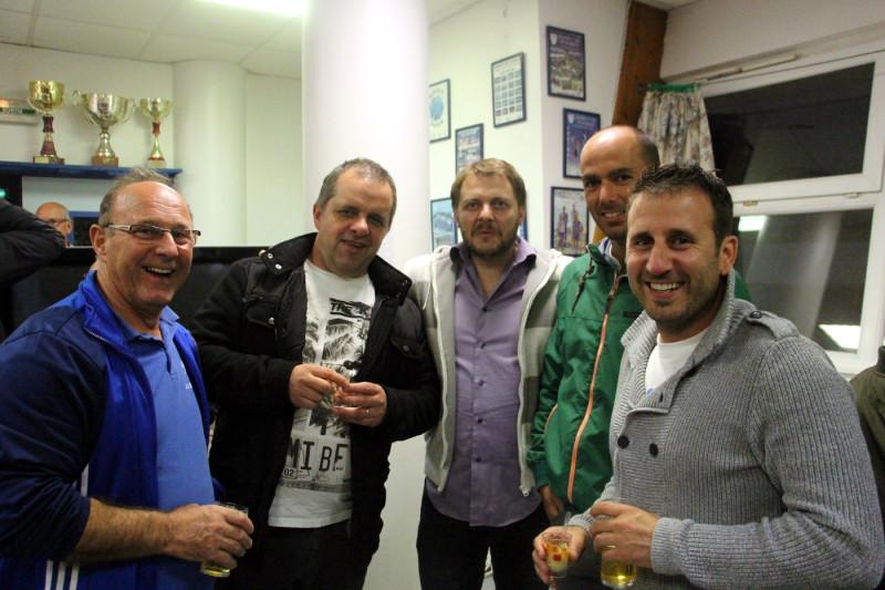 Samuel Amat (Carrefour City - Bibi) et Pascal Gues (Perles de Chalosse) bien entourés de Christian, Fabien et Olivier